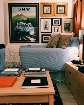 Creative dorm decoration ideas for your bedroom 32