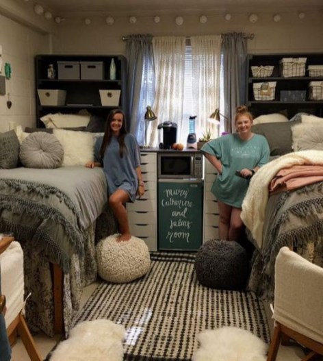 Creative dorm decoration ideas for your bedroom 55