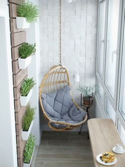 Creative small balcony design ideas for spring 27