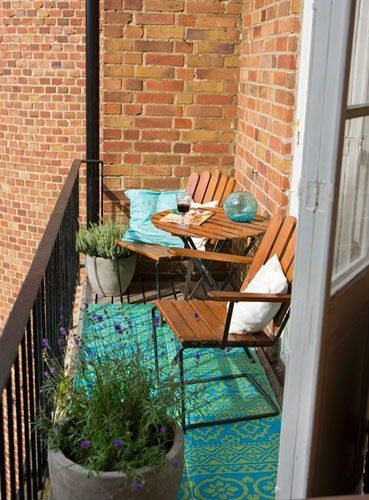 Creative small balcony design ideas for spring 29