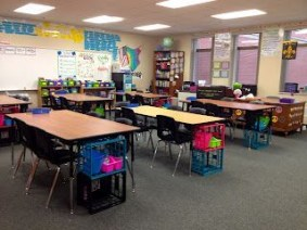 Gorgeous classroom design ideas for back to school 37