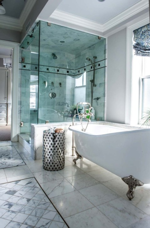 Luxury traditional bathroom design ideas for your classy room 20