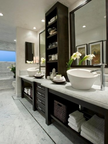Luxury traditional bathroom design ideas for your classy room 43