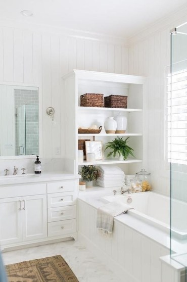 Luxury traditional bathroom design ideas for your classy room 45
