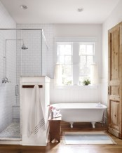 Rustic farmhouse bathroom ideas with shower 04