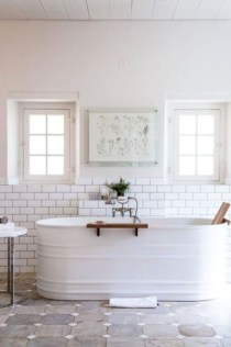 Rustic farmhouse bathroom ideas with shower 113