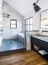 Rustic farmhouse bathroom ideas with shower 115