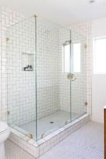 Rustic farmhouse bathroom ideas with shower 55