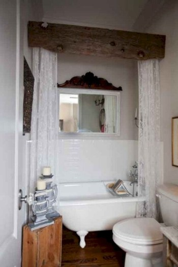 Rustic farmhouse bathroom ideas with shower 70