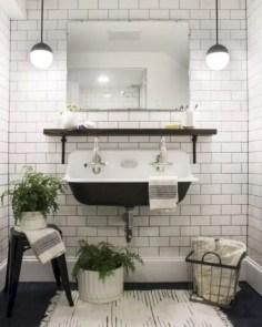 Rustic farmhouse bathroom ideas with shower 71