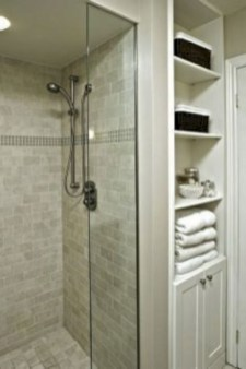 Rustic farmhouse bathroom ideas with shower 86
