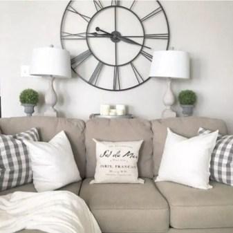 Rustic modern farmhouse living room decor ideas 53