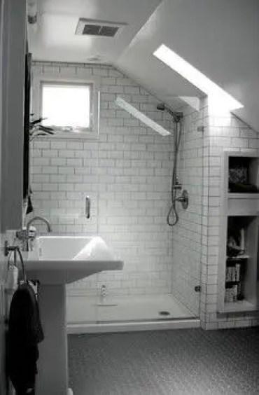 Unique attic bathroom design ideas for your private haven 09