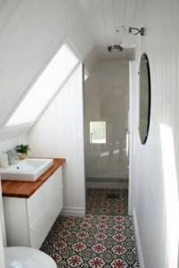 Unique attic bathroom design ideas for your private haven 39