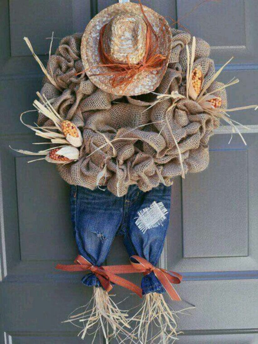 Beautiful decor ideas to hang on your door that aren't wreaths 10