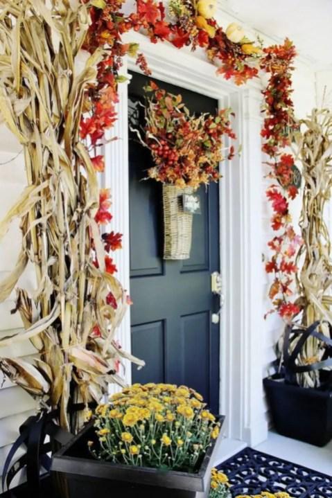 Beautiful decor ideas to hang on your door that aren't wreaths 16