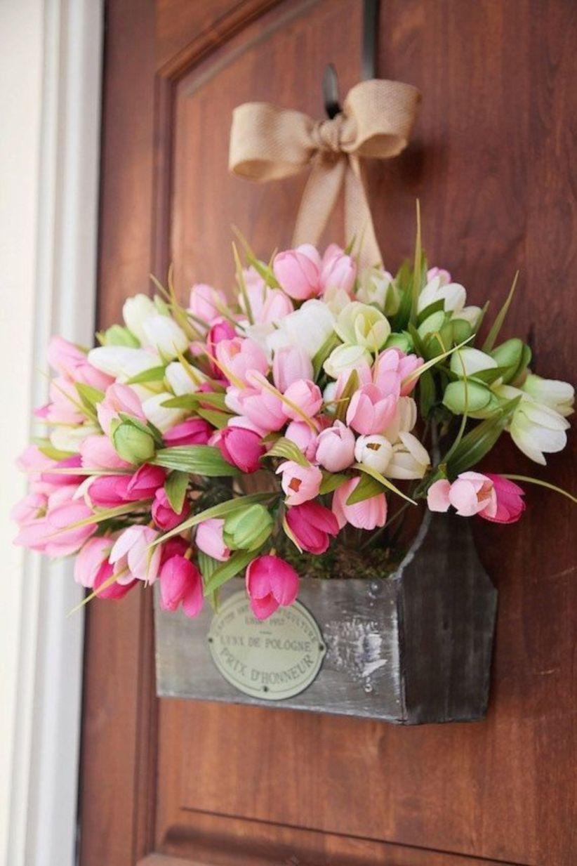 Beautiful decor ideas to hang on your door that aren't wreaths 27