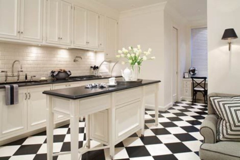 Stylist and elegant black and white kitchen ideas 14