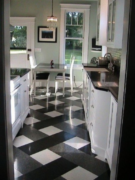 Stylist and elegant black and white kitchen ideas 38