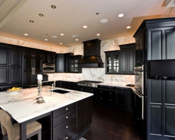 Stylist and elegant black and white kitchen ideas 49