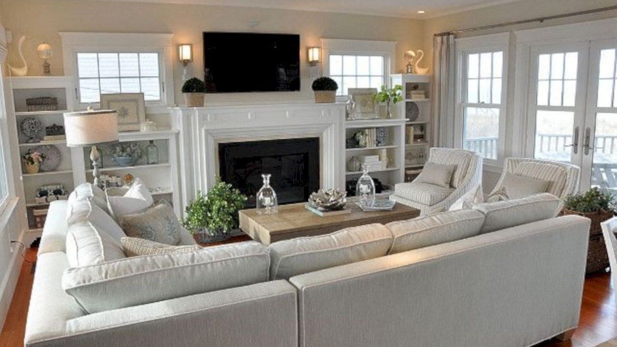 Adorable and cozy neutral living room design ideas 32