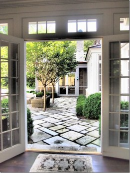 Best bay window design ideas that makes you enjoy the view easily 21