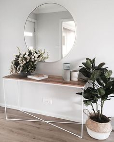 Adorable round mirror designs to brighten up your small space 44