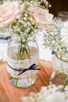 Cheerful ways to use mason jars this spring 05