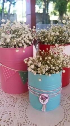 Cheerful ways to use mason jars this spring 29