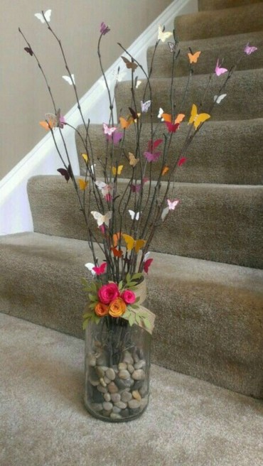 Cheerful ways to use mason jars this spring 36