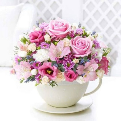 Cheerful ways to use mason jars this spring 39