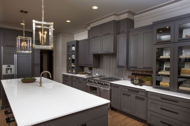Modern herringbone pattern to give unique elements to your kitchen 16