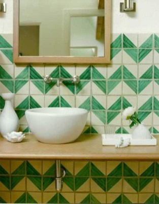 Stunning herringbone patterns for your bathroom wall 16