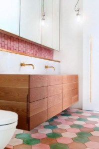 Unique honeycomb tile to give your bathroom a new look 22
