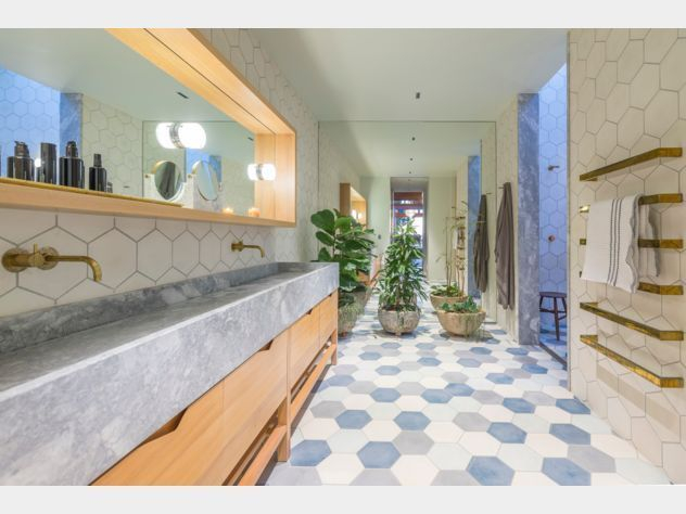 Unique honeycomb tile to give your bathroom a new look 48