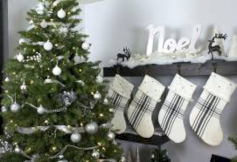 Awesome silver and white christmas tree decorating ideas 03