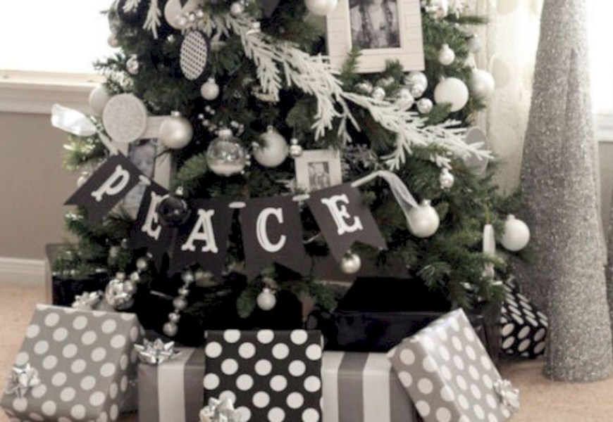 Awesome silver and white christmas tree decorating ideas 08