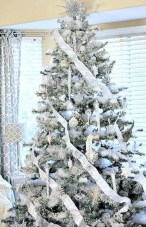 Awesome silver and white christmas tree decorating ideas 10