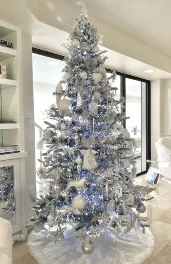 Awesome silver and white christmas tree decorating ideas 11