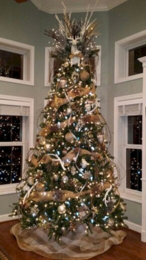 Awesome silver and white christmas tree decorating ideas 26