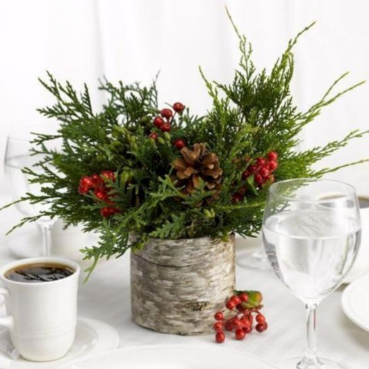 Beautiful christmas centerpiece ideas you should try 09