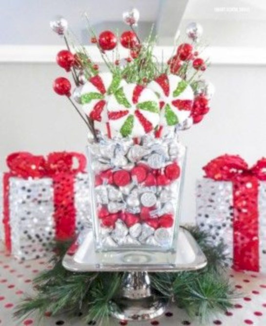 Beautiful christmas centerpiece ideas you should try 28
