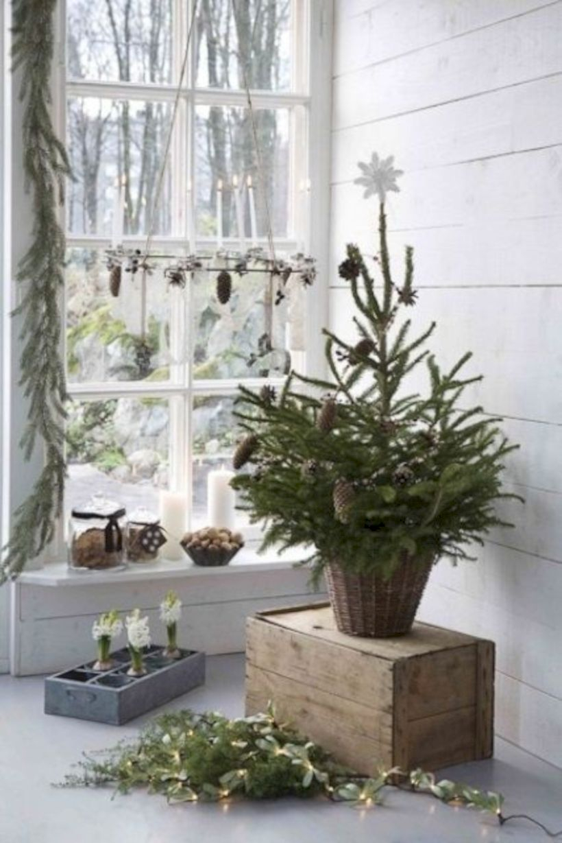Beautiful christmas decor for small space 04