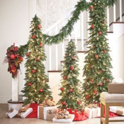 Beautiful christmas decor for small space 29