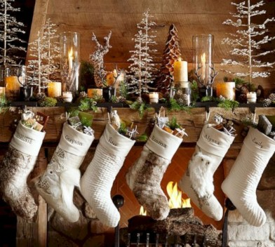 Beautiful christmas decor for small space 39