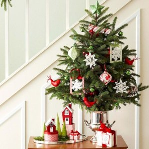Beautiful christmas decor for small space 41