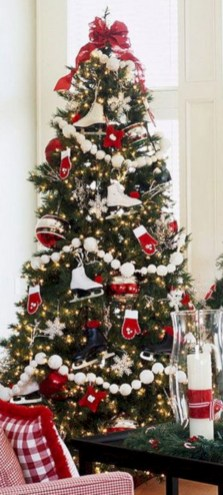 Beautiful christmas tree decoration ideas to see 19