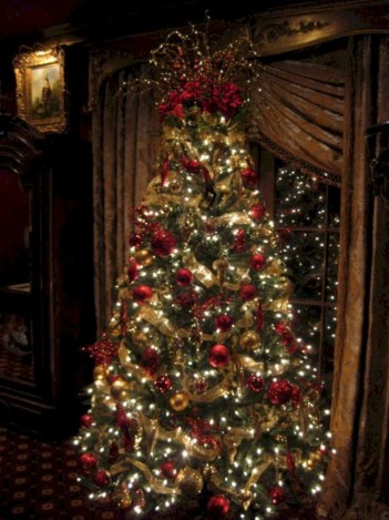 Beautiful christmas tree decoration ideas to see 42