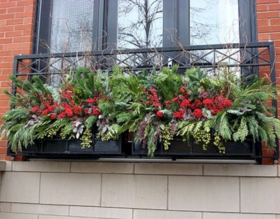 Colorful winter planters for your outdoor decorations 42