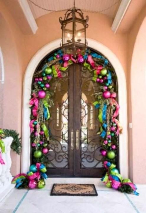 Easy christmas decor ideas for your door 16